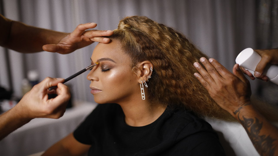 Glow Like Beyoncé With This Game-Changing Highlighter