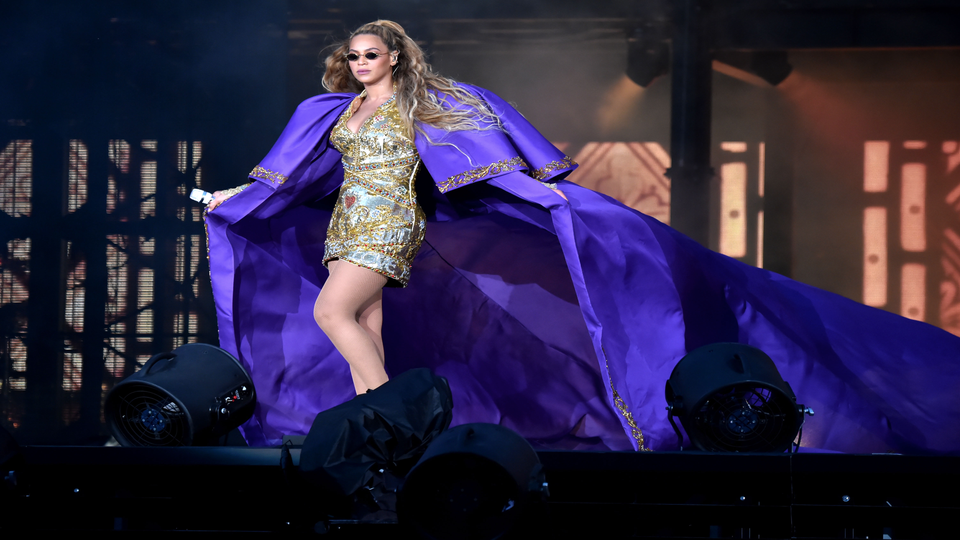 Beyoncé's Fashion Gems Have Us Channeling Our Inner 'Diva' And Rocking Our 'Freakum Dress'