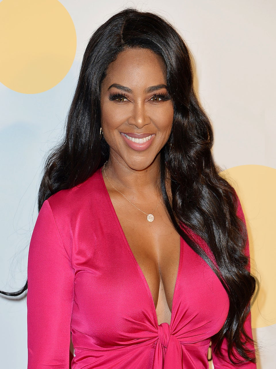 Snatched! Kenya Moore Shows Off Post-Baby Body 3 Weeks After Giving Birth