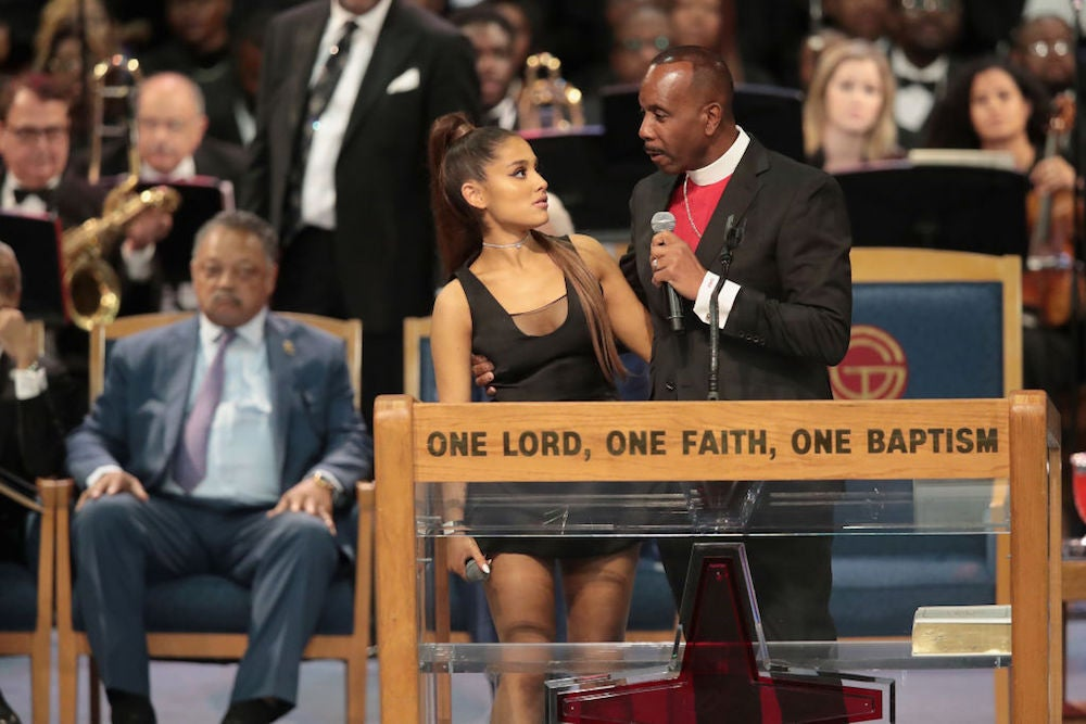 Bishop Apologizes To Ariana Grande After Touching Her During Aretha Franklin's Funeral