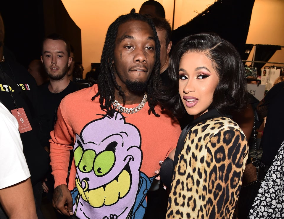 Offset Crashes Cardi B's Performance To Declare His Love — And She Wasn't Having It!