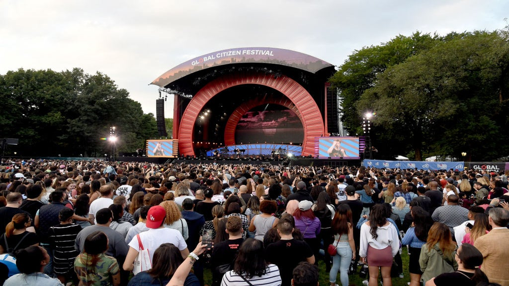 Panic Arises At Global Citizen Festival As Concert Goers Mistake Crash For Possible Gunshots