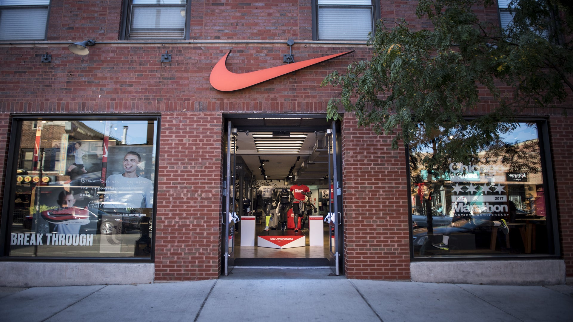 Fake Nike Coupon With Colin Kaepernick Campaign Slogan Offers Huge Discount 'For People Of Color'