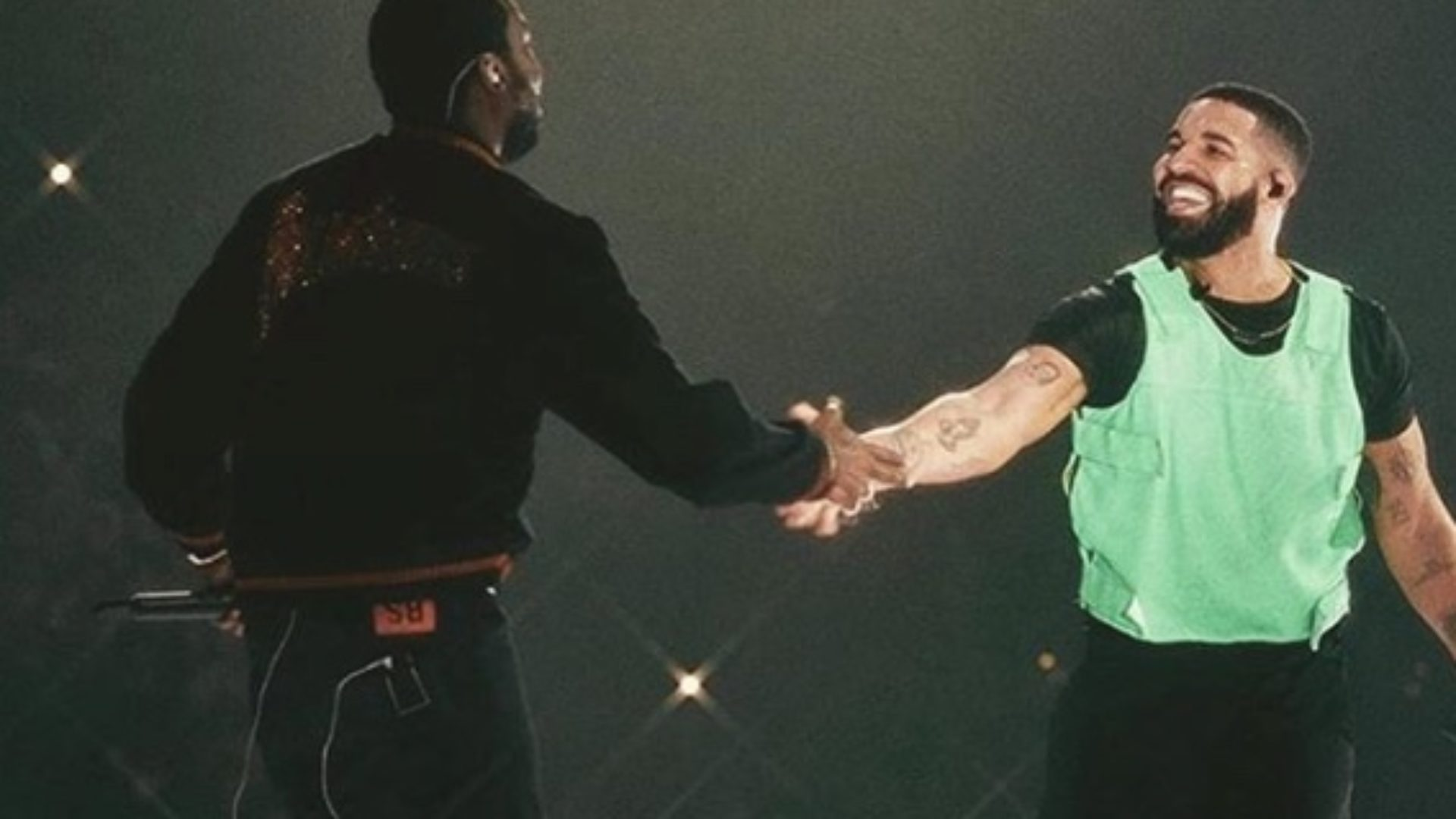Drake Ends Feud With Meek Mill By Bringing Him Onstage