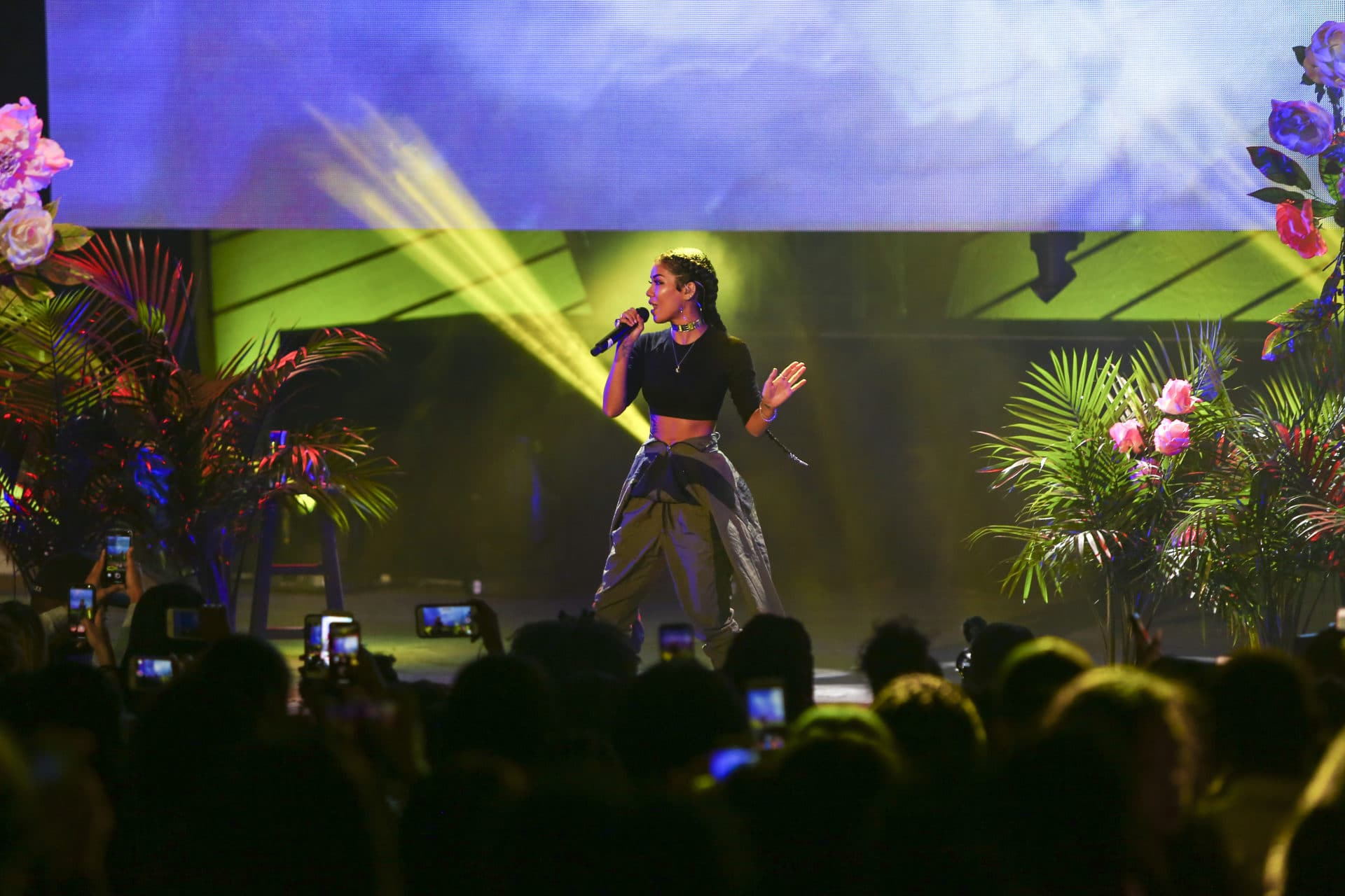 Jhené Aiko Kick Offs Howard Homecoming at #YouTubeBlack FanFest