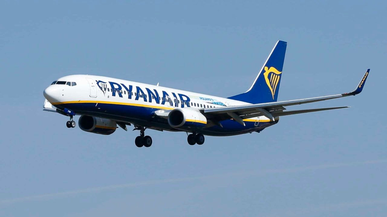 White Man Allowed to Remain on Ryanair Flight After Verbally Assaulting Elderly Black Woman
