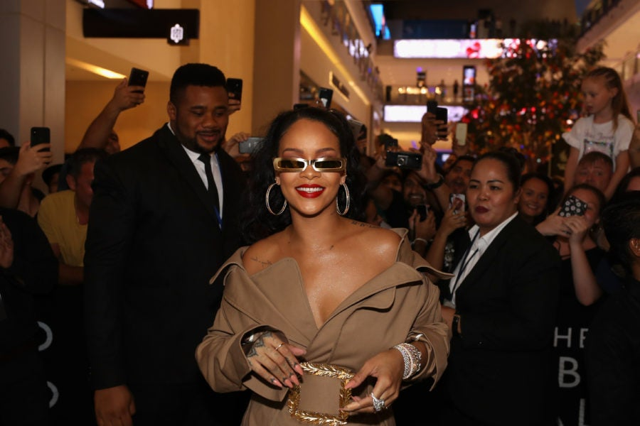 Rihanna Is Now The Wealthiest Female Musician Alive