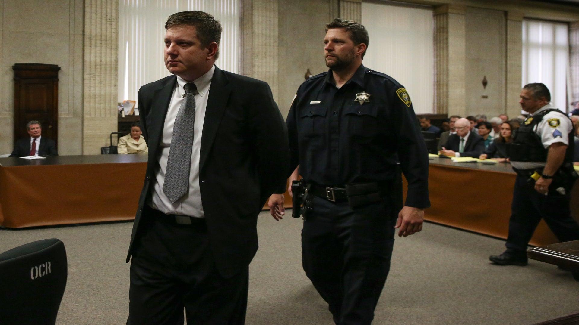Ex-Cop Responsible For Killing Laquan McDonald, Attacked In Prison