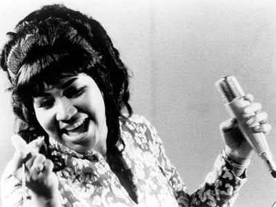 Watch #InMyFeed: Aretha Franklin May Get A Real 'Freeway of Love,' Salt-N-Pepa's Back Like They Never Left And More!