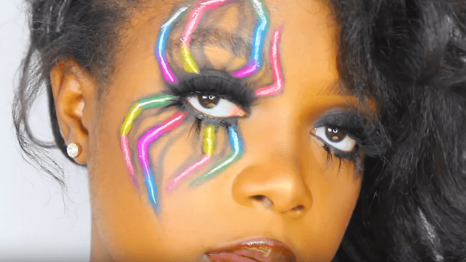 7 Halloween Makeup Tutorials That Will Definitely Turn Heads