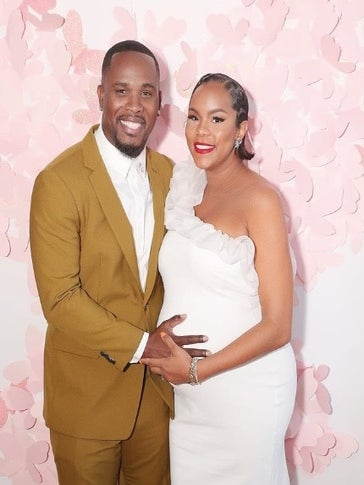 This Sweet Photo Of LeToya Luckett's Husband Kissing Her Baby Bump Will Warm Your Heart