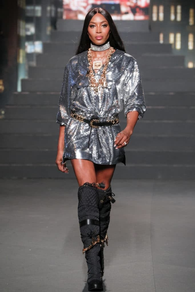Naomi Campbell Shut Down The Runway With A Surprise