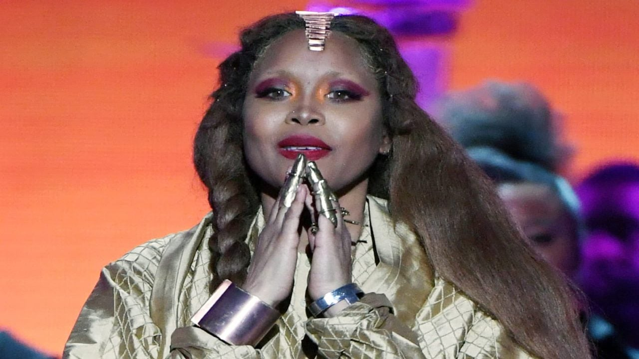 Erykah Badu Responds To Critics Who Say She Is Defending R. Kelly: 'I Just Want Peace And Light For Everybody'