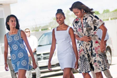 19aa73e313216 Michelle Obama Reveals What Daughter Sasha Does To Get Her Attention In A  Crowd...And It s Hilarious