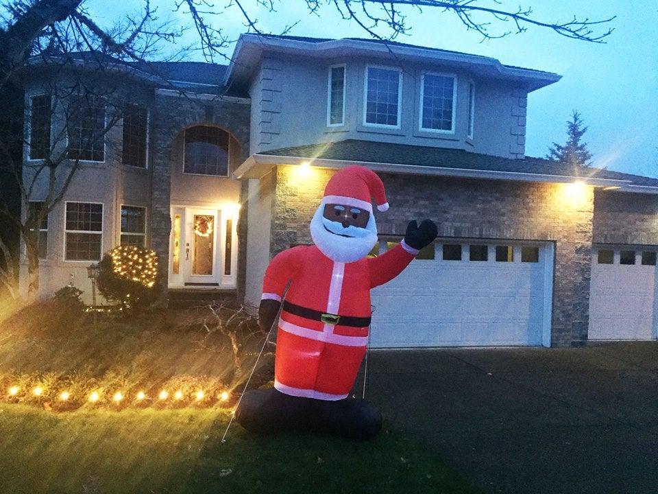 Black Santa Decoration Destroyed In Oregon