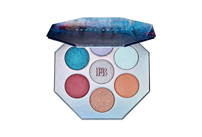 13 Must-Have Palettes For Holiday Travel