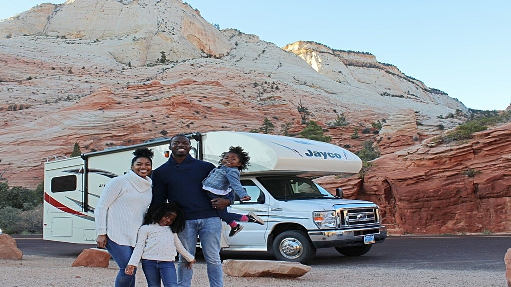 5 Trips Every Parent Should Take With Their Kids Next Year