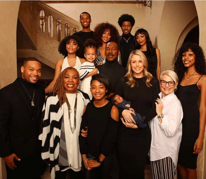 Eddie Murphy Poses With All 10 Of His Children, Including 3-Week-Old Son Max