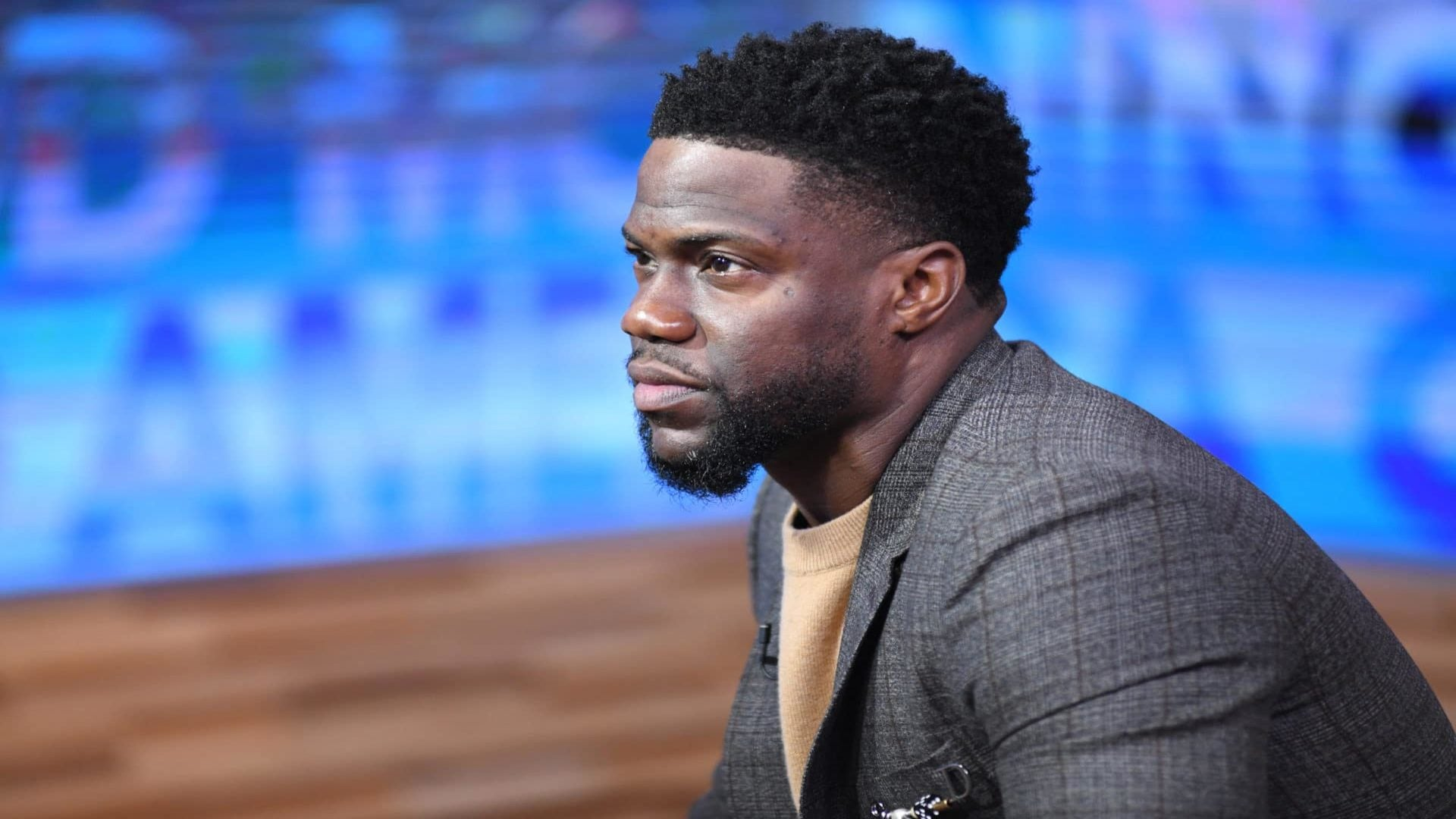 Kevin Hart Is 'Not Addressing' Controversy Around Hosting Oscars Anymore