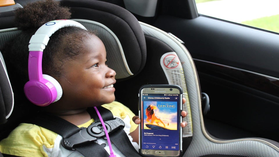 The Upgrade: 4 Apps to Download Before Your Next Trip with Kids