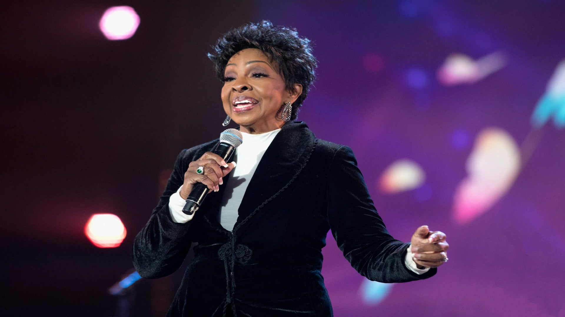 Gladys Knight Defends Decision To Perform National Anthem At Super Bowl