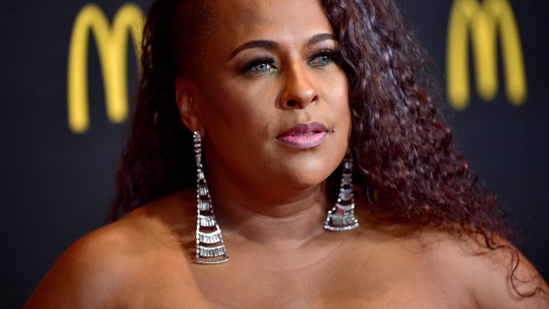 Rapper Yo-Yo Claims R. Kelly's Team Tried To Slip Her Daughter His Number
