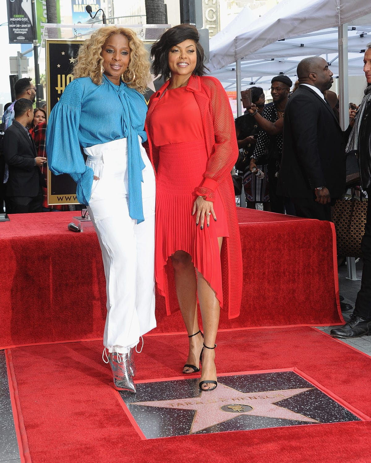 Mary J. Blige Tributes Taraji P. Henson During Hollywood Walk of ...
