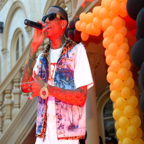 'Draaaaake!' Black Twitter Sides With Soulja Boy After He Claims Drake Stole His Flow