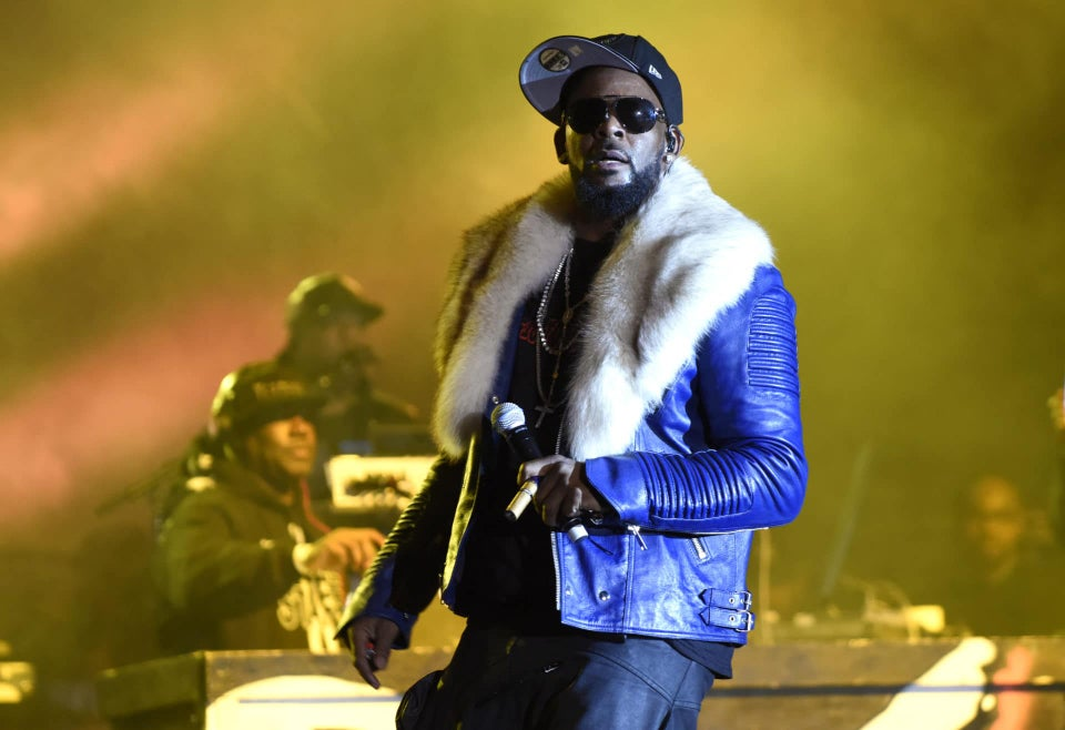 Report: R. Kelly Charged With 10 Counts Of Aggravated Criminal Sexual Abuse