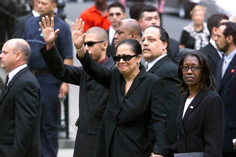 Aaliyah's Mother Slams 'Surviving R. Kelly' Doc: 'This Will Not Be ...