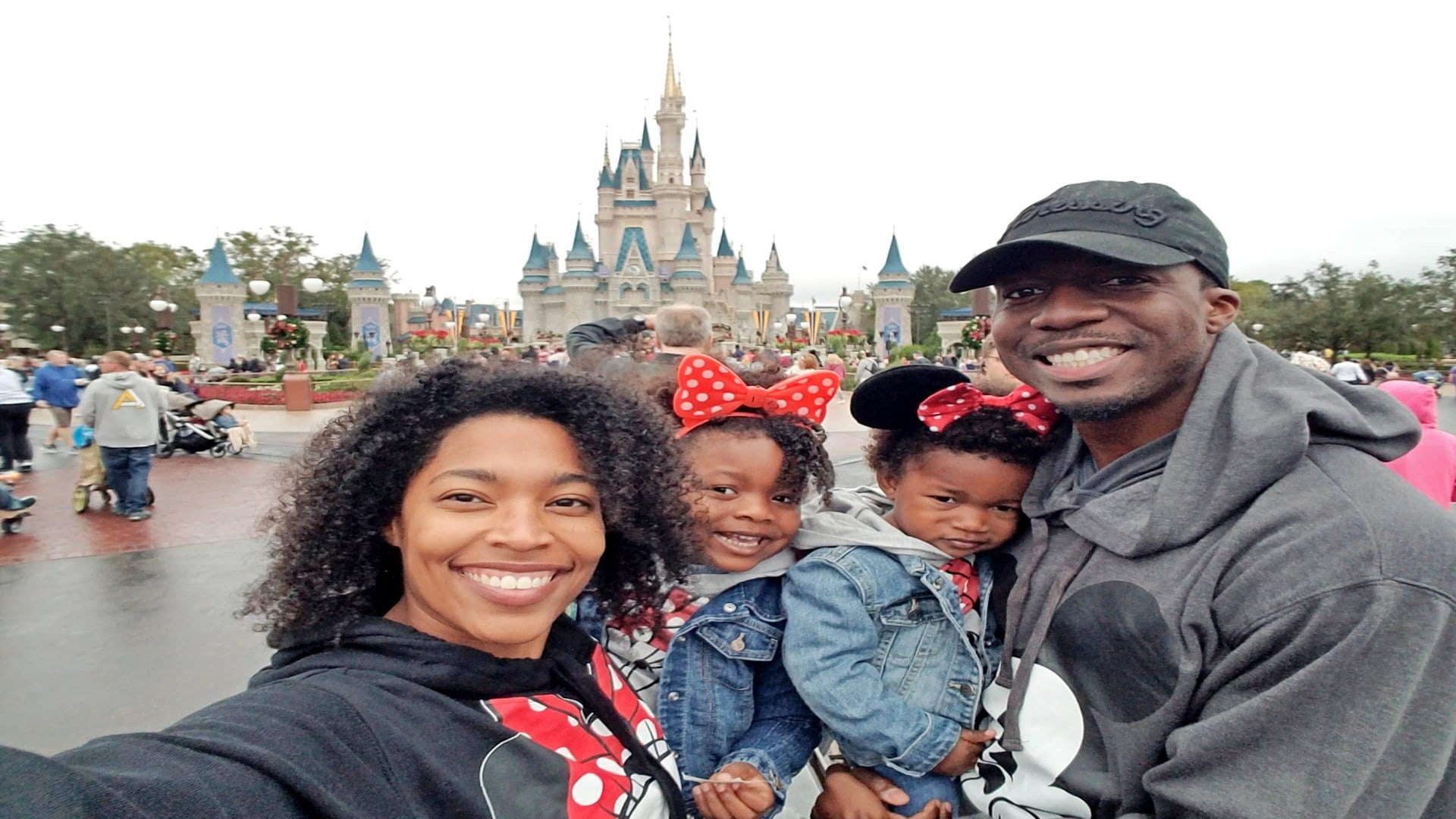 How My Family And I Enjoyed a Trip to Disney on a Budget