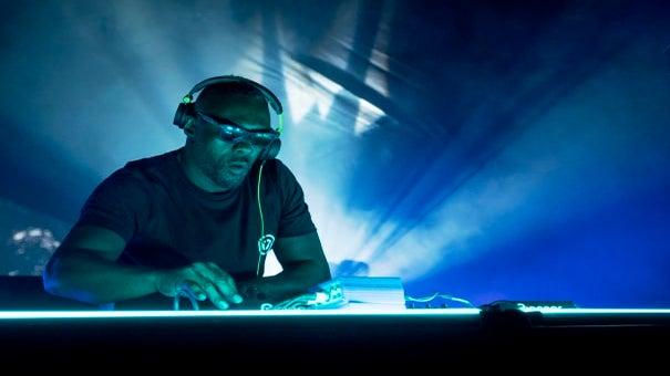Idris Elba To Play Struggling DJ In New Netflix Series