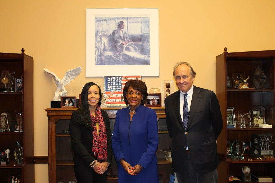 Rep. Maxine Waters Meets With CBS Over Woeful Lack Of Black Reporters In 2020 Election Coverage