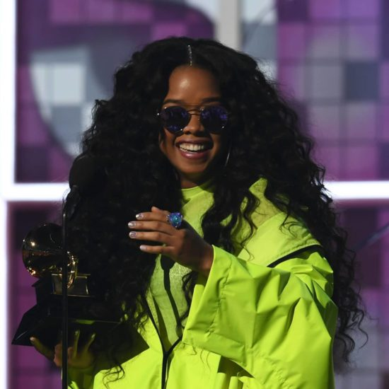 So Much #BlackGirlMagic! Watch Ella Mai Interrupt H.E.R. On The Grammy Red Carpet To Congratulate Her