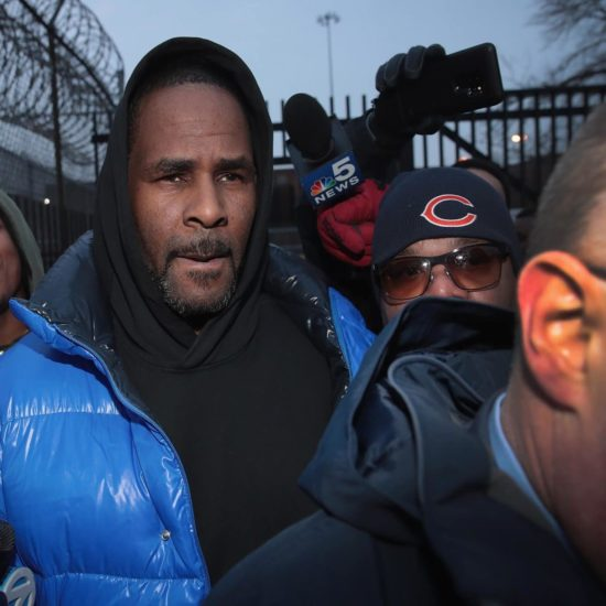 R. Kelly Released On Bail After Paying $100,000