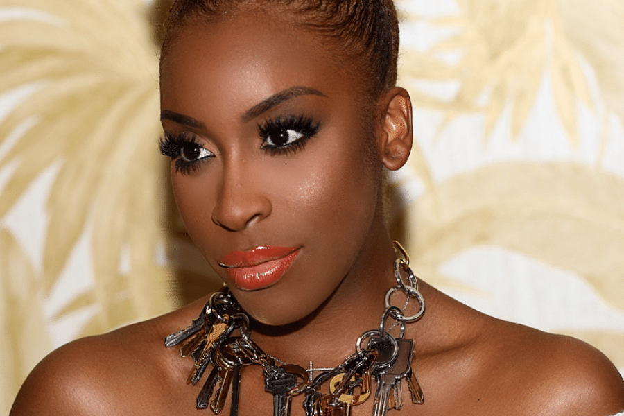 5 Jackie Aina Beauty Tutorials You Need In Your Life