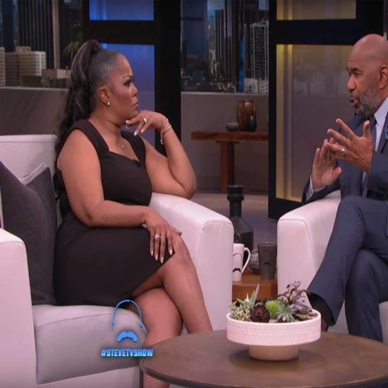 Steve Harvey Regrets How He Spoke to Mo'Nique On His Talk Show