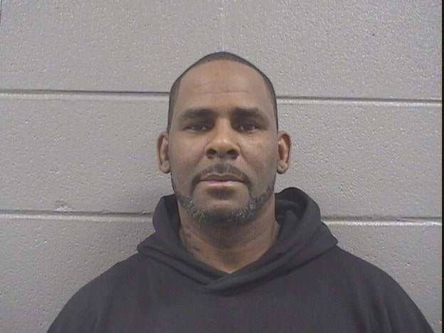 R. Kelly Is Struggling to Come Up With His $100,000 Bail