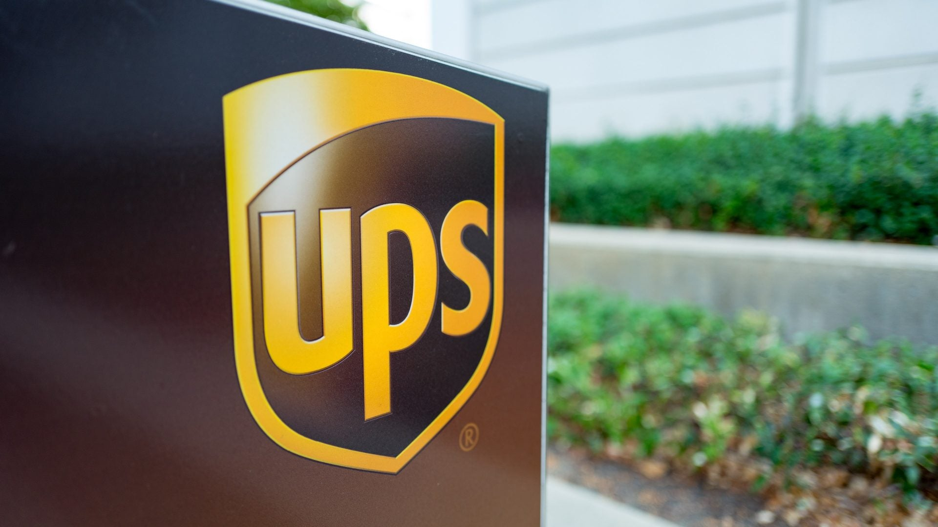 19 UPS Workers Sue Company For Enabling and Encouraging 'Culture of Racism'