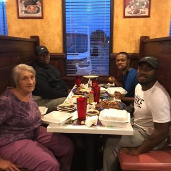 Alabama Man Who Noticed Elderly Woman Eating Alone Invited Her To Dine With Him And His Friends