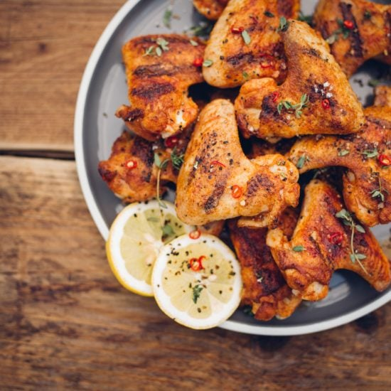 5 Slamming Chicken Wing Recipes to Try Tonight!
