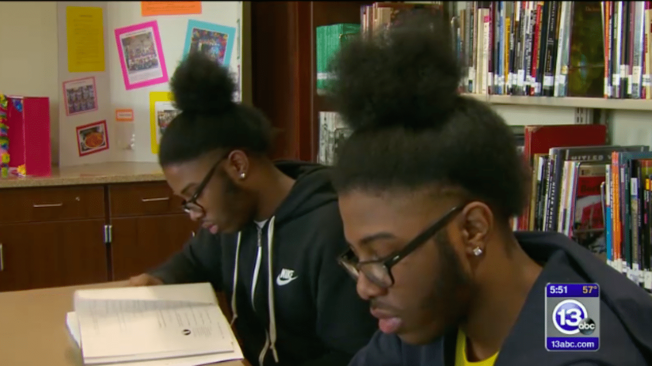 Identical Twins In Ohio Named Valedictorian, Salutatorian Of Their High School - Essence