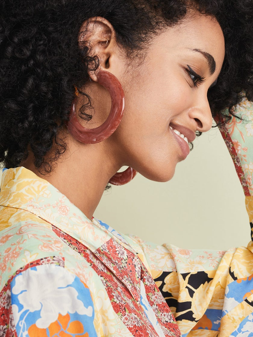 These Trendy Hoop Earrings Will Upgrade Your Look This Spring