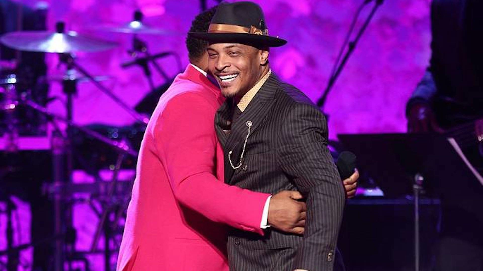 T.I. Announces $25,000 Scholarship Fund In Honor Of Late Sister At VH1's 'Dear Mama'