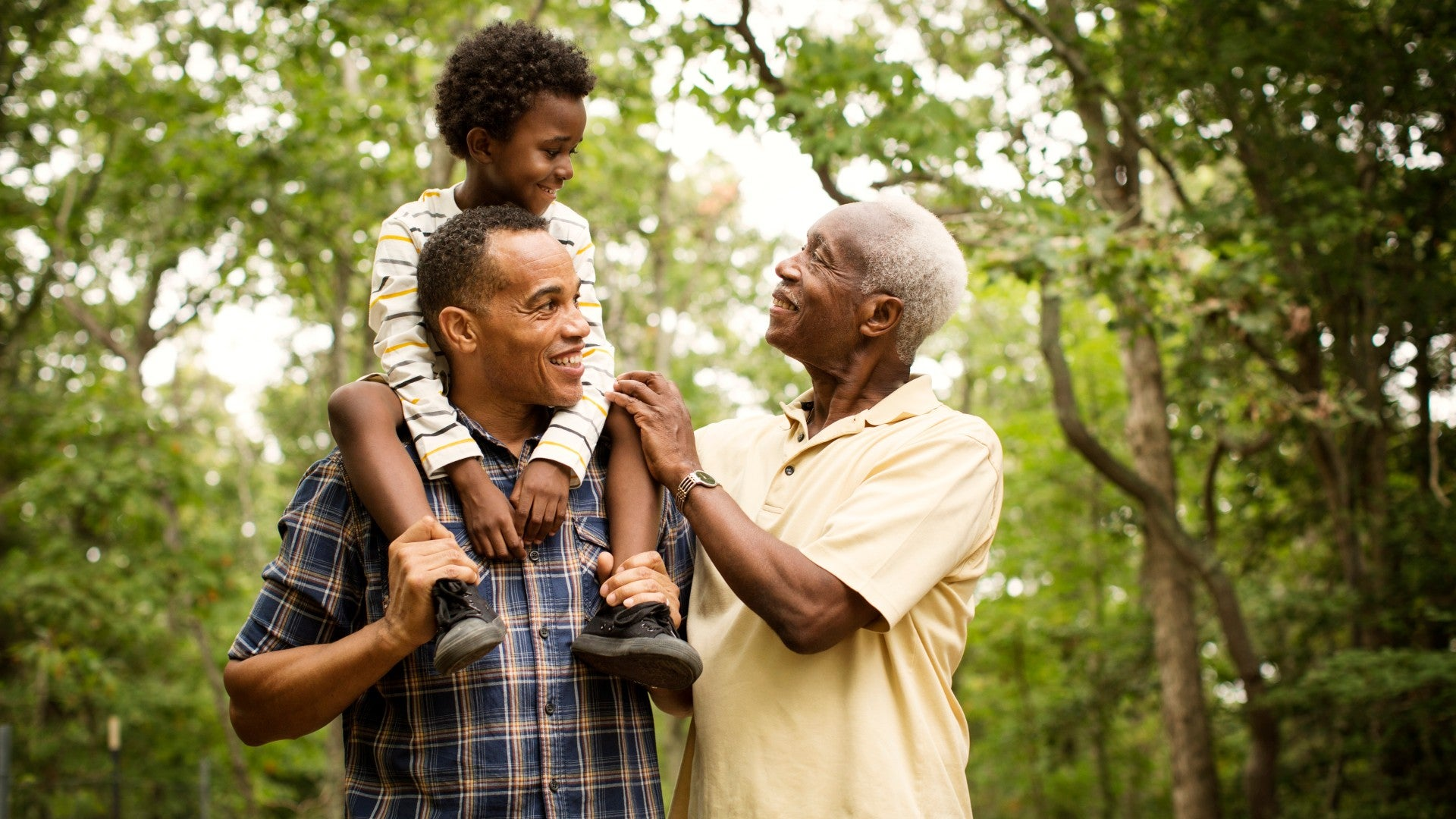 The Father's Day Grooming Gift Guide For Every Black Dad