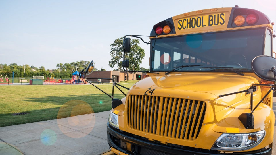 Father Whose 2nd Grade Daughter Died Surprises Her Classmates With Field Trip