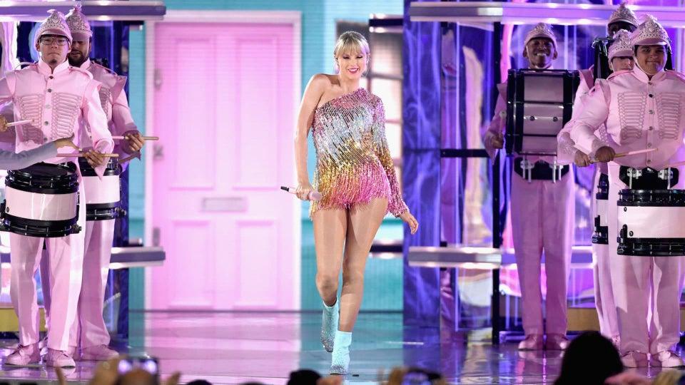 Beyhive Stings Taylor Swift's Beychella-Esque Billboard Awards Performance