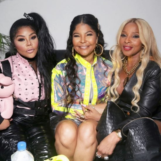 Marj J Blige, Lil' Kim, Angela Bassett And More Celebs Out And About