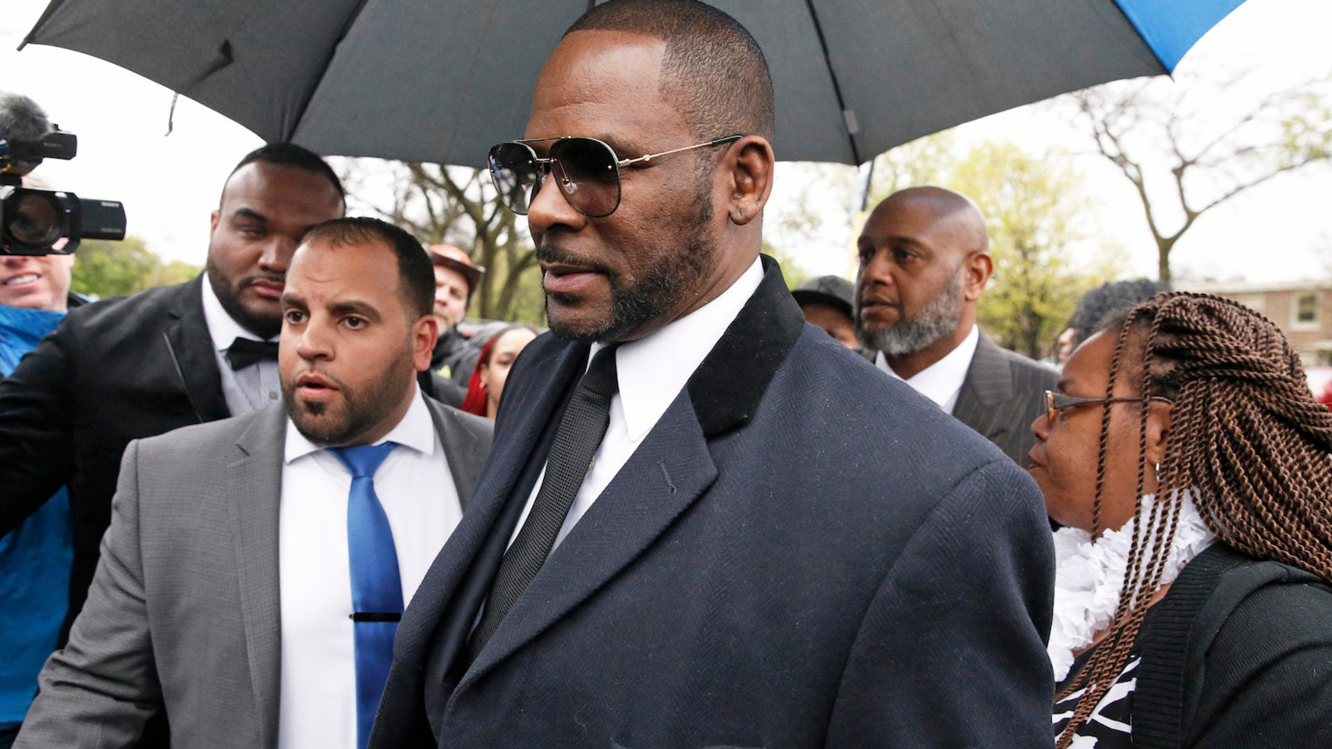R. Kelly Now Facing 11 New Felony Sexual Assault Charges
