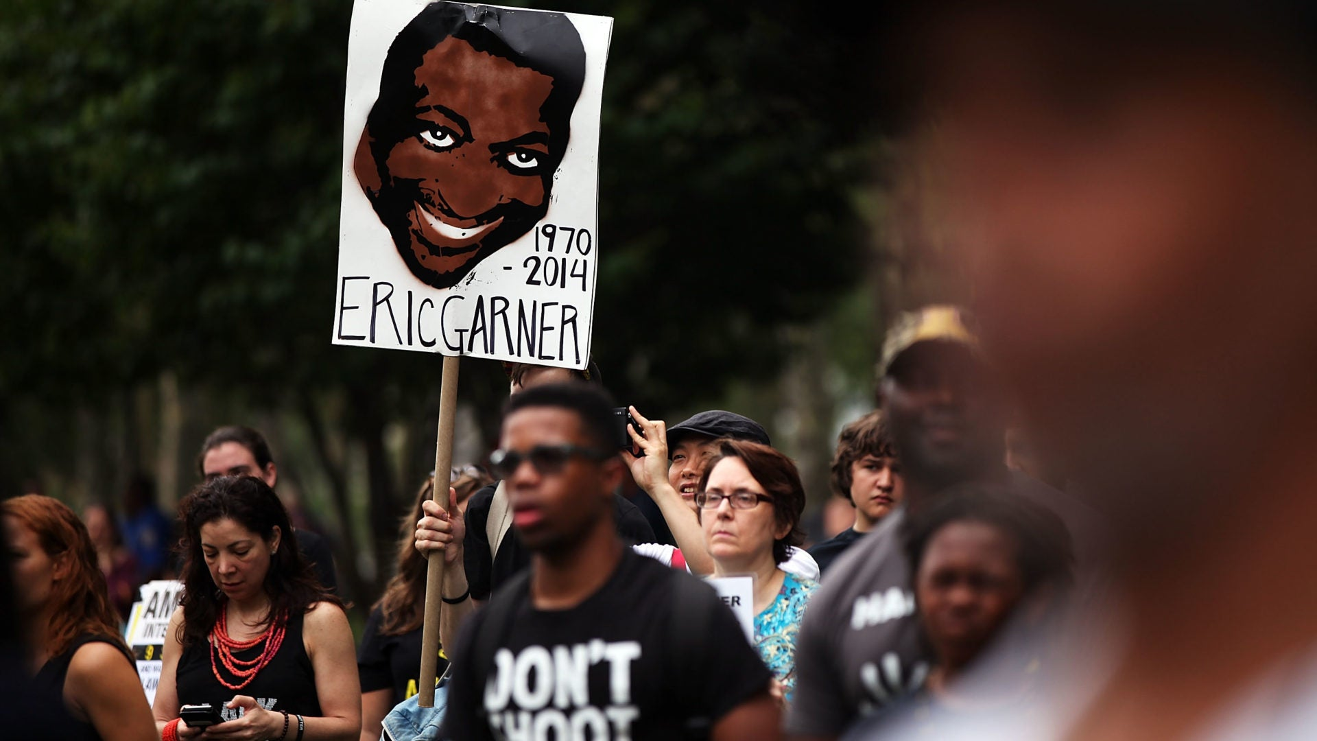 NYPD Judge Recommends Officer In Eric Garner Case Be Fired